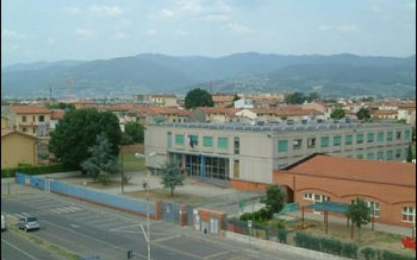Vista dall'alto scuola secondaria di primo grado Zipoli